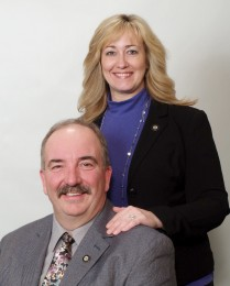 James & Susan Simek Headshot