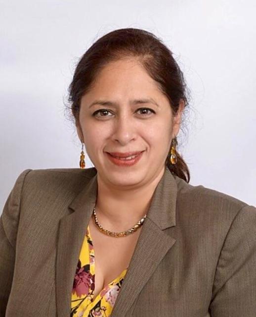 Rebeca Garcia Headshot