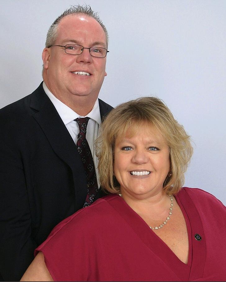 ECs Jay and Teresa Sanborn Headshot