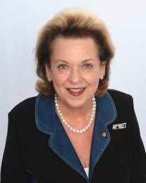 Susan Battelstein Headshot