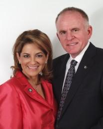 Nora & Joey Carter Headshot