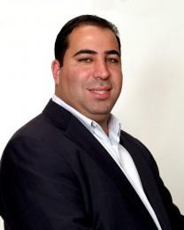 Nir Golan Headshot