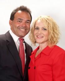 Leslie & JJ Hart Headshot