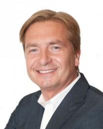 Piotr Luda Headshot