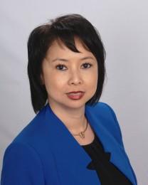 Lien Nguyen Headshot