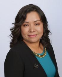 Claudia Elisa Perez Headshot