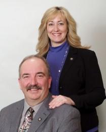 James & Susan Simek Headshot