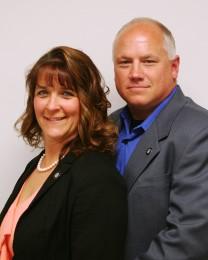 Steve & Connie Sunday Headshot